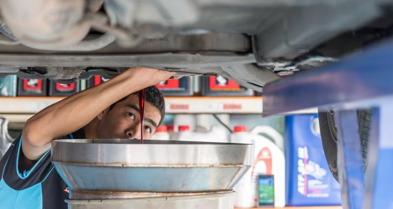 Entretien de ma voiture : 3 conseils pour une vidange efficace