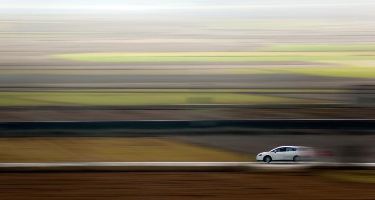 Au volant d'un Opel Speedster, il se fait choper à 176 km/h