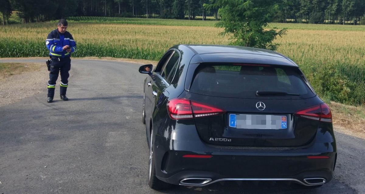 Flashée à 150 km/h, une conductrice voit sa Mercedes Classe A partir en fourrière