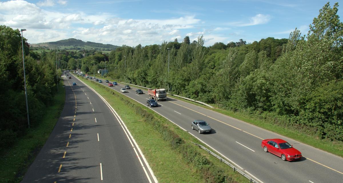 Fou du volant : flashé à 215 km/h sur autoroute, le chauffard finit en garde à vue