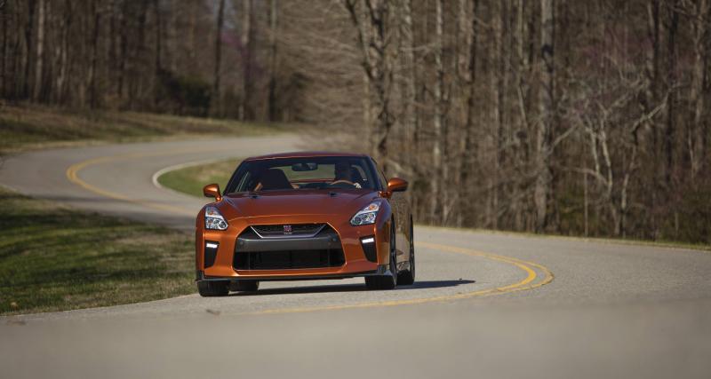 À fond de compteur en Nissan GT-R : 356 km/h en moins de 1 km pour cette version préparée