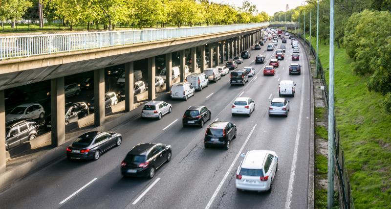 Bouchons sur les routes : un nouveau samedi en rouge et noir