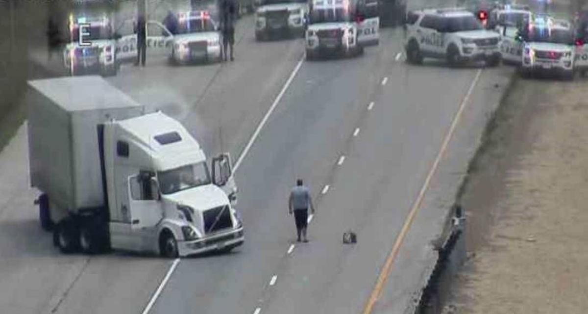 Sa femme le trompe, un conducteur de camion prend l'autoroute à contresens et devient incontrôlable