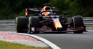 F1 - Grand Prix du 70e anniversaire : le dépassement de Verstappen sur Bottas en vidéo