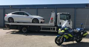 Pied au plancher, un automobiliste propulse sa BMW M4 GTS à 213 km/h