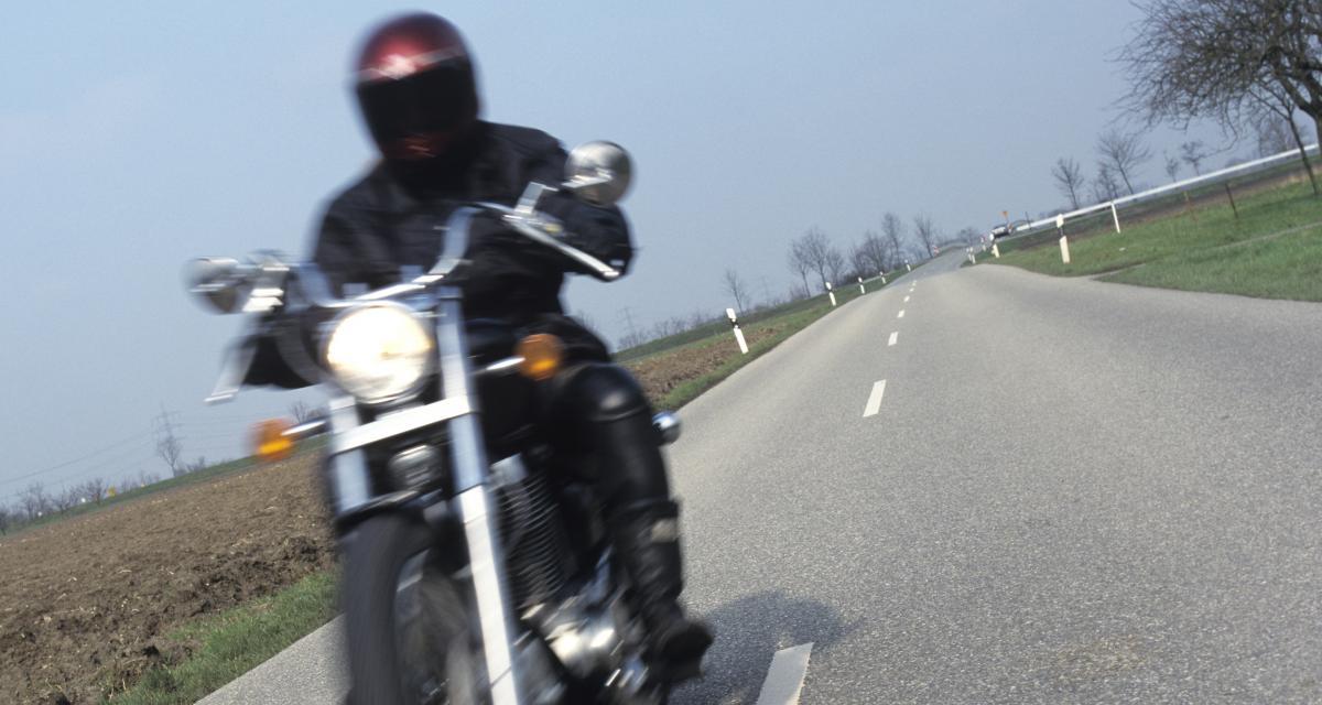 Un motard se fait pincer à 164 km/h et dit adieu à son permis