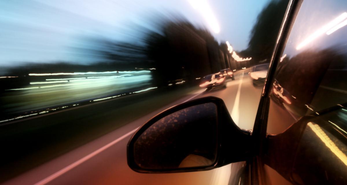 À 148 km/h en zone urbaine, il se fait sucrer son permis de conduire