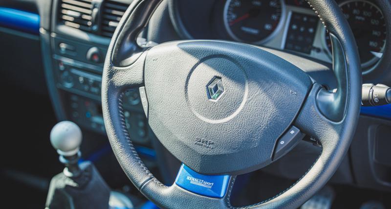 Une Clio V6 phase 2 plus aboutie