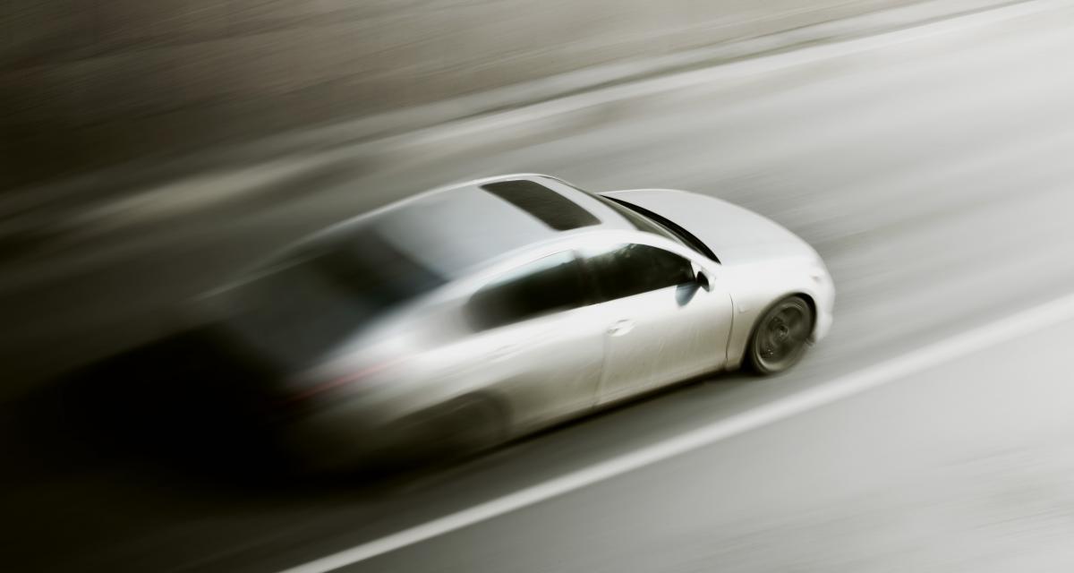 Chopé pour un grand excès de vitesse, un jeune conducteur dit adieu à son permis