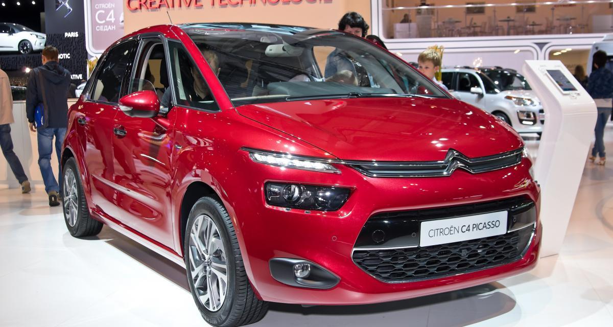 Elle accouche de sa fille dans une Citroën C4 Picasso !