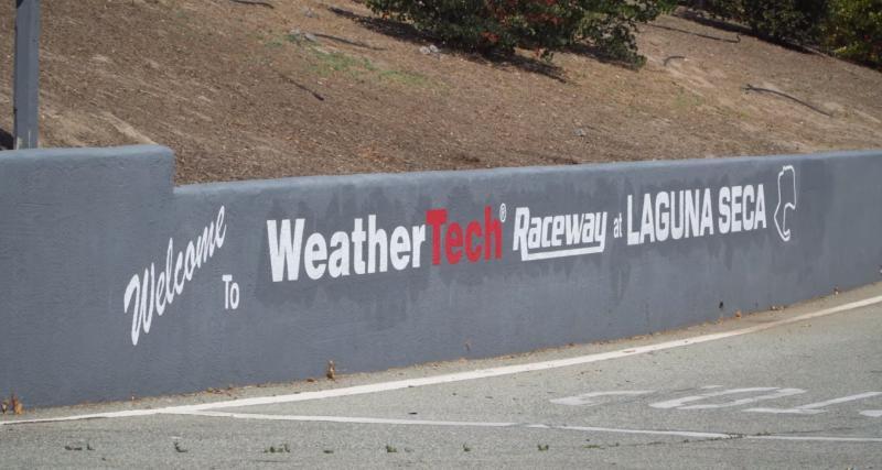 Un tour du circuit de Laguna Seca en 1 minute 38 !