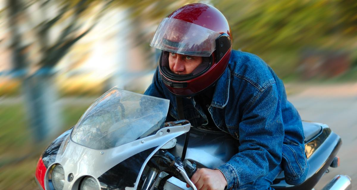 Deux motards chopés en grand excès de vitesse : coup double pour les gendarmes