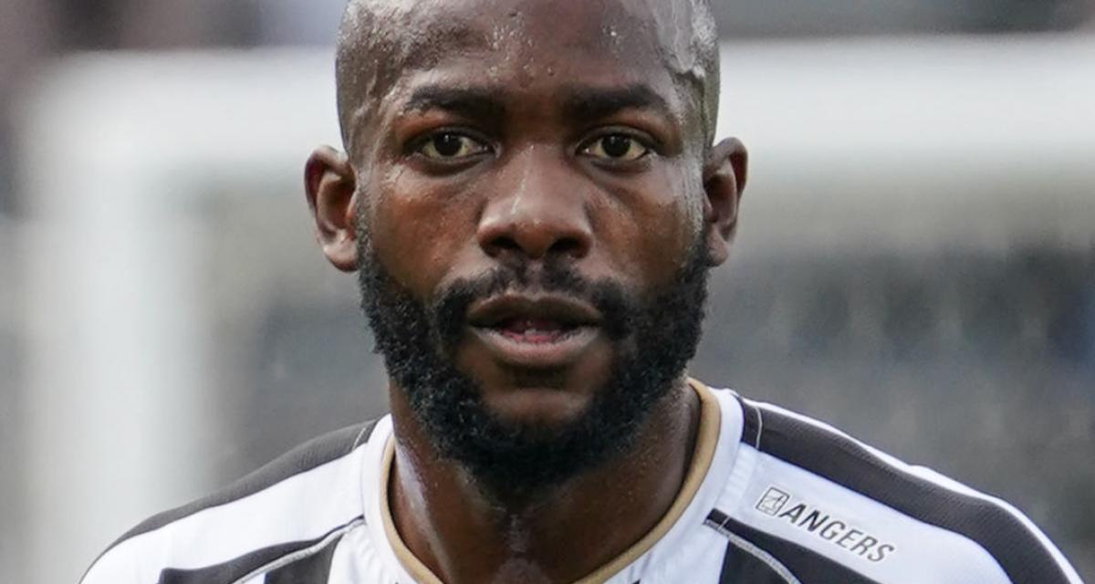 L'attaquant du SCO d'Angers Stéphane Bahoken, bientôt jugé pour conduite dangereuse