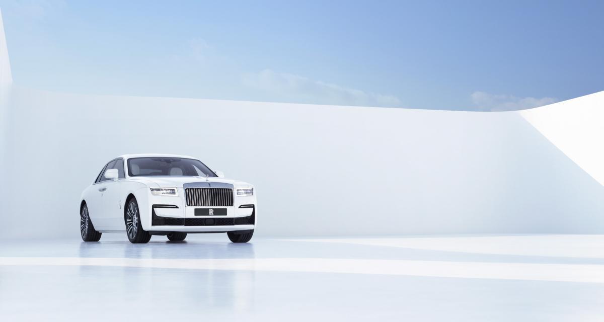 """Rolls-Royce Ghost (2021) : pas de révolution pour la nouvelle """"baby Rolls"""""""