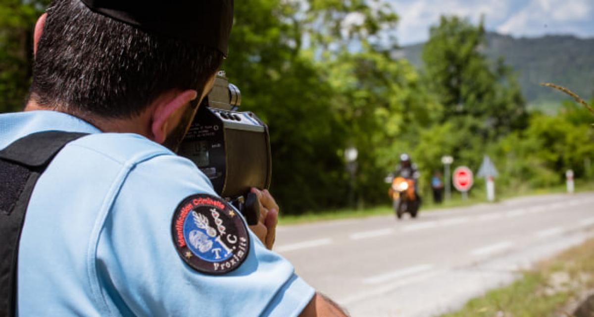 Il confond circuit automobile et départementale, les gendarmes le stoppent à 172 km/h