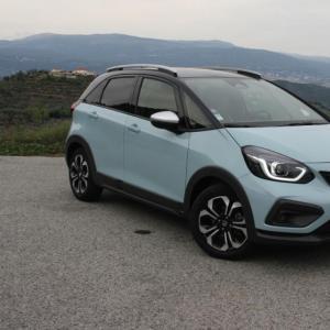Essai Honda Jazz Crosstar e:HEV : une citadine hybride sobre et facile