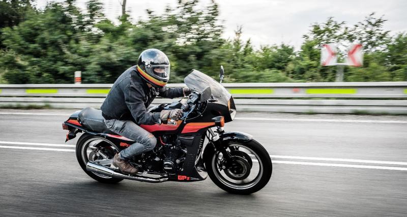 Excès de vitesse : un motard stoppé à près de 180 km/h par la gendarmerie sur une départementale