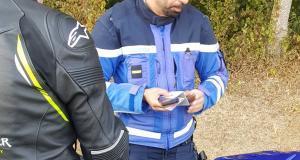 Un motard se fait pincer à 185 km/h, convocation devant le Tribunal de Police assurée
