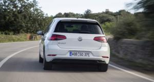 """Après Renault, Uber s'associe à Volkswagen pour un covoiturage """"zéro carbone"""""""