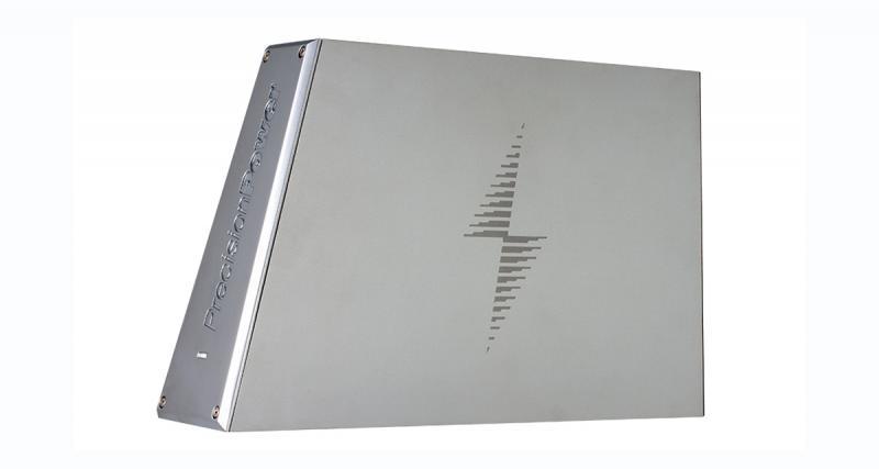 La nouvelle gamme d'amplis PowerClass de Precision Power adopte un design original