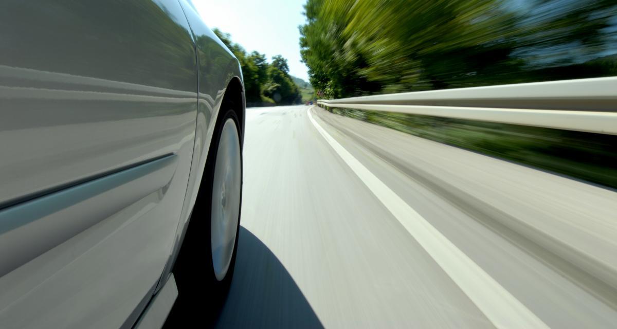 Il se fait flasher à 121 km/h en plein centre-ville et perd le dernier point sur son permis de conduire