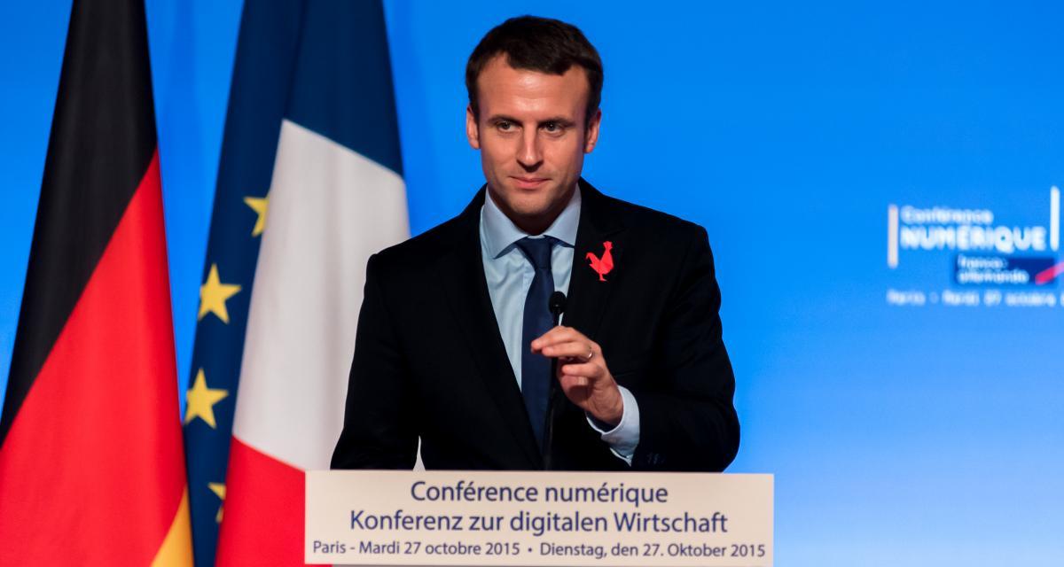 """Emmanuel Macron à un conducteur sans permis : """"vous vous démerdez"""" (vidéo)"""