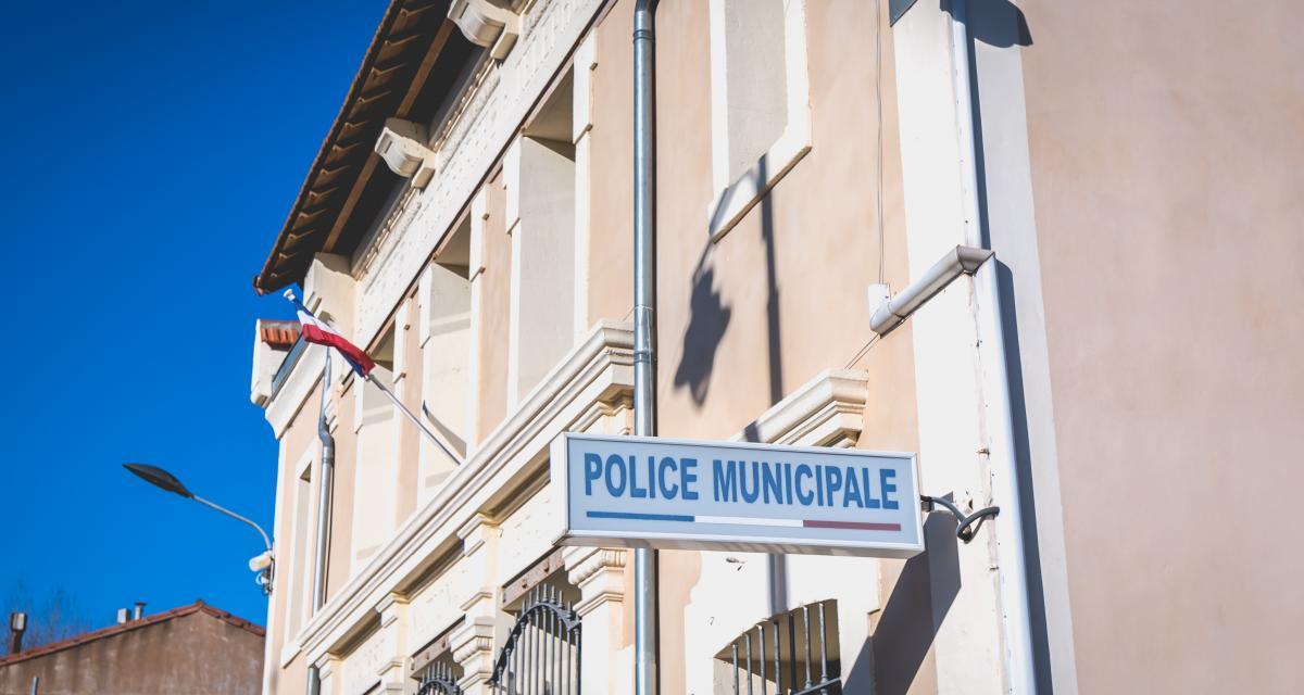 Elle transportait deux enfants sans ceintures et conduisait en plus sans permis, une femme arrêtée à Toulouse