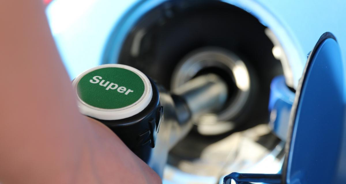 Hausse du prix de l'essence : promesse non tenue par le gouvernement ?