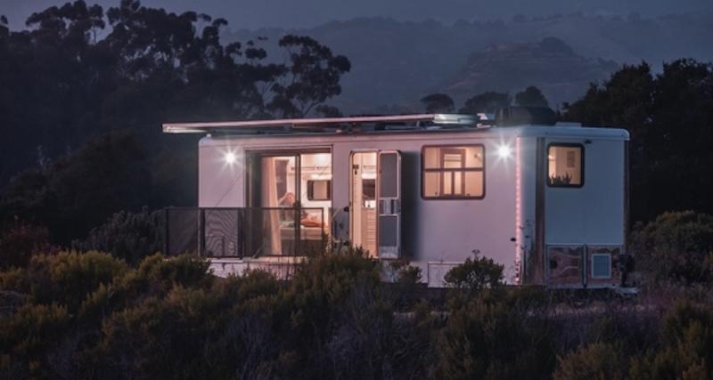 Living Vehicle Max : le mobile-home électrique qui carbure au soleil et recharge votre Tesla