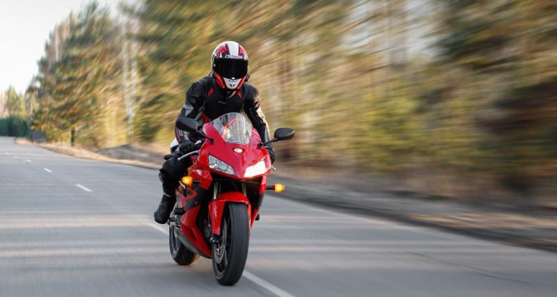 Excès de vitesse : à 228 km/h en moto, ça va faire mal