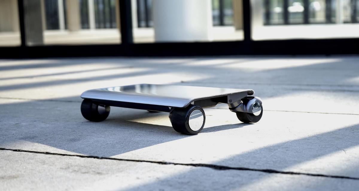 Walkcar : le nouveau véhicule électrique de la taille d'un iPad (vidéo)