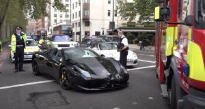 Quand une Ferrari 458 Spider a un accident, c'est forcément avec une autre Ferrari (vidéo)