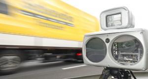 À 189 km/h au lieu de 80, ce jeune homme de 18 ans sans permis commence très mal sur les routes