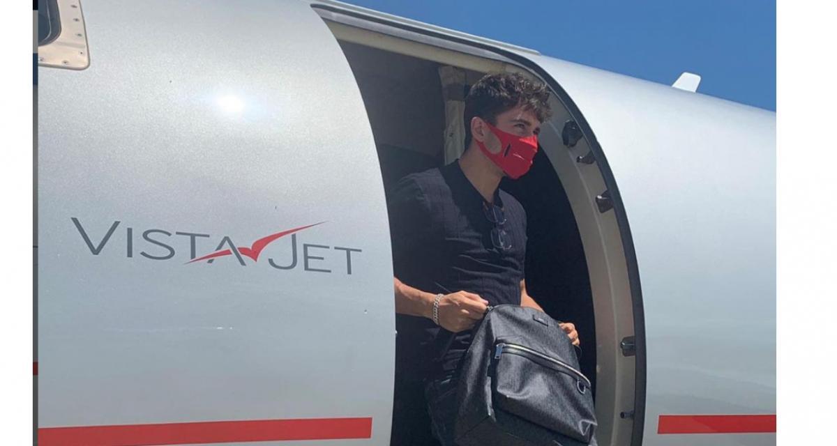Charles Leclerc se réconforte après le Grand Prix du Portugal dans son jet privé avec … un Mcdo