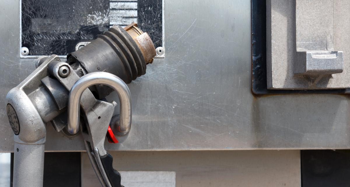 Rouler au GPL : avantages et inconvénients de ce carburant