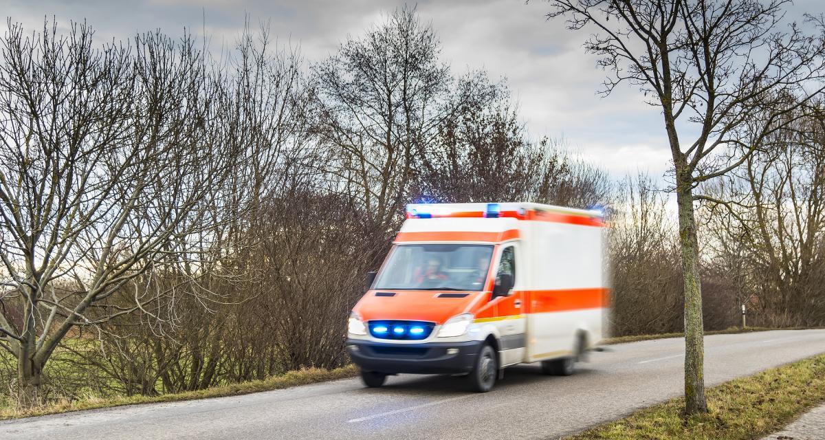 Coronavirus : des patients sous oxygène dans leurs voitures !