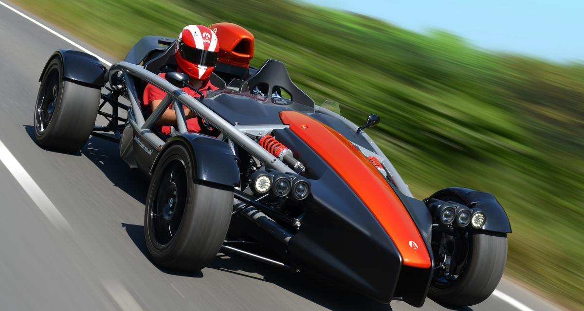 Le Stig au volant de l'Ariel Atom 4 : plus rapide que la Bugatti Veyron Super Sport ? (vidéo)