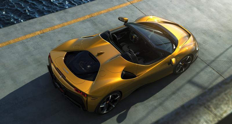 Nouvelle Ferrari SF90 Spider : l'hypercar hybride rechargeable en chiffres
