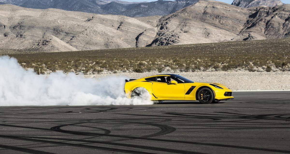 Ce n'est définitivement pas comme ça que l'on fait un burn avec une Corvette C7 Z06 (vidéo)