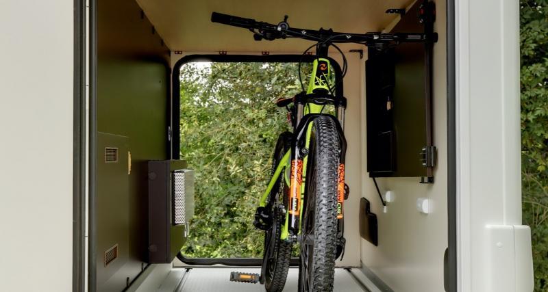Douche XXL et garage à vélo