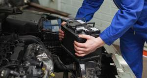 Entretien de ma voiture : comment changer la batterie soi-même