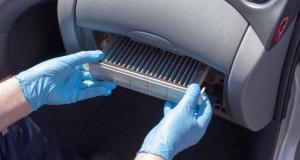 Entretien de ma voiture : comment changer le filtre d'habitacle soi-même