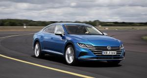 Volkswagen Arteon eHybrid : une élégante solution écolo à l'allemande