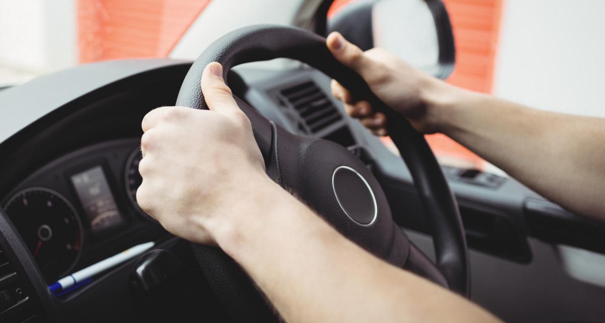 Remplacer le volant de sa voiture : 3 choses à savoir avant de vous lancer