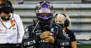Hamilton positif au covid, placé en isolement et forfait pour le GP de Sakhir