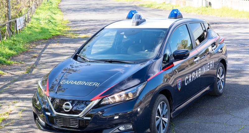 Nissan livre 52 Leaf électriques pour les Carabiniers