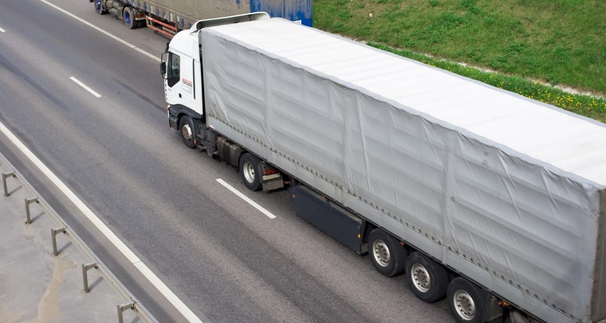 La vidéo du camion fou qui effectue un dépassement complètement dingue !