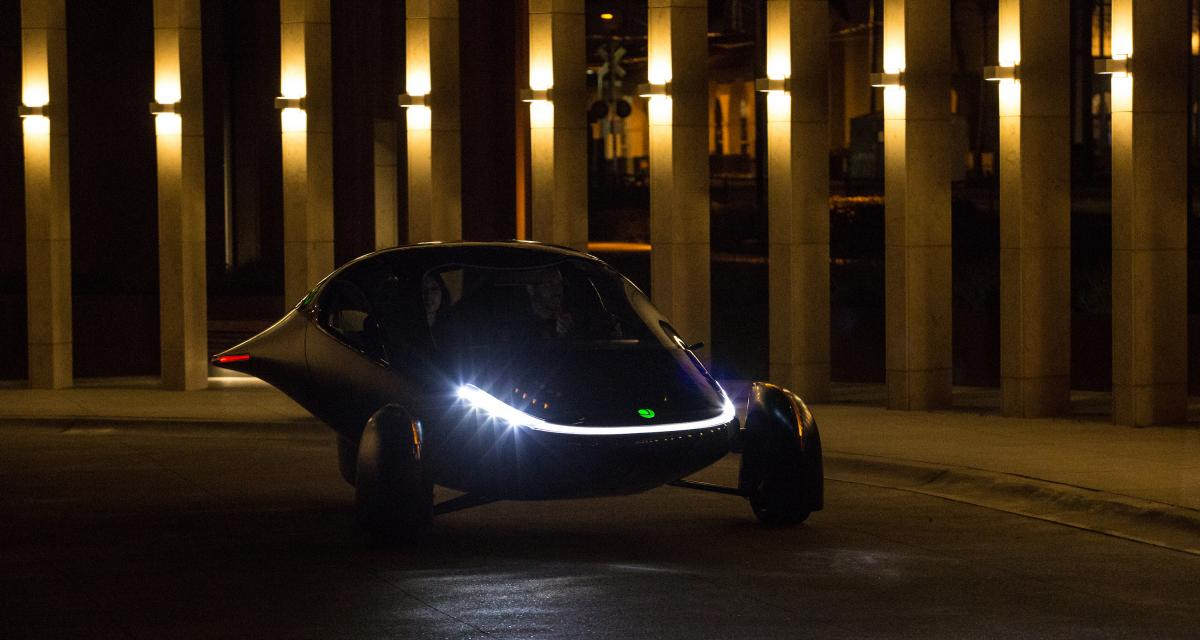 La première voiture électrique solaire sans recharge dévoilée par Aptera