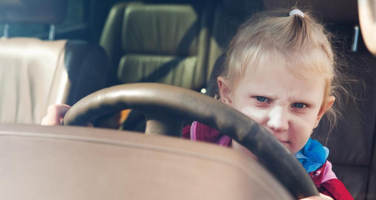 Il vole le Range Rover de ses parents et conduit sur plus de 200 km… à 12 ans