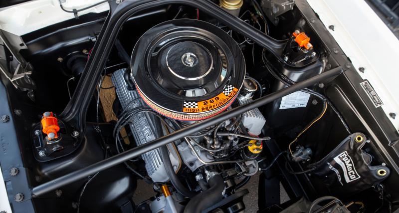 V8 4.7 de 310 ch